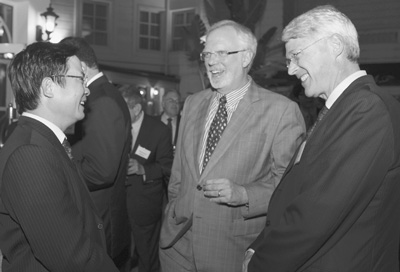 Picture of Le Dinh Tien, DAvid Shear, and Scott D. Sagan