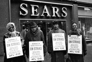 Sears workers on strike 1967